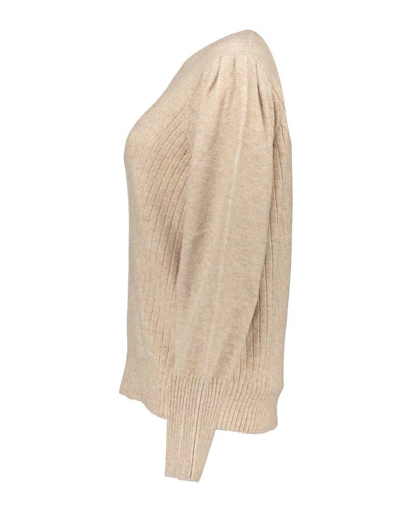 GEISHA 14514-10 Pull pleaded shoulder beige
