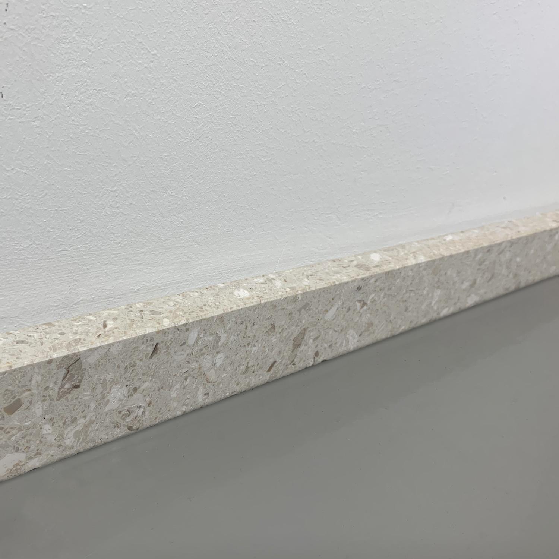 Plint composiet Perlato 2 cm dik - OP MAAT-  5-25 cm breed - 50-120 cm lang - Muurplint gepolijst marmer composiet