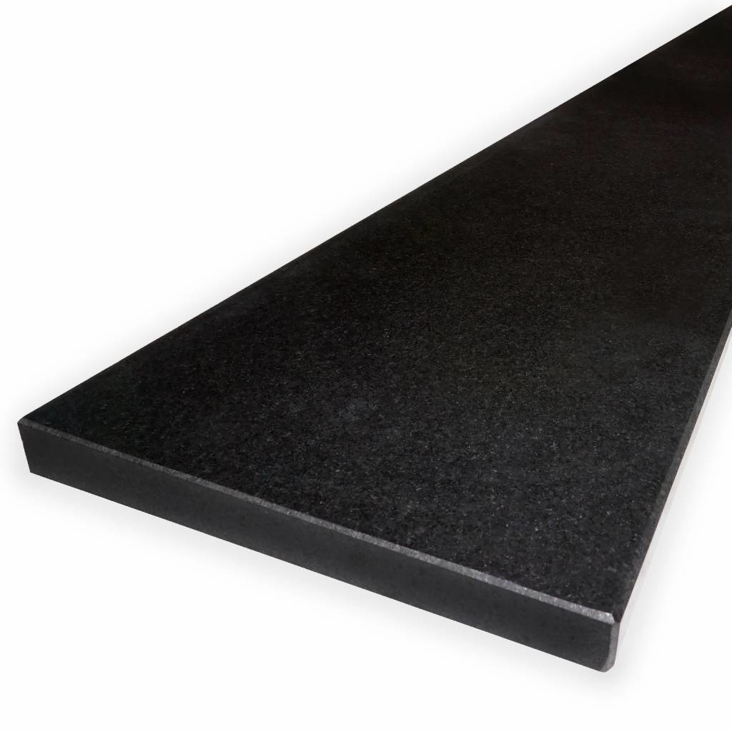 Vensterbank Nero Assoluto graniet gezoet 3 cm dik - OP MAAT- 10-70 cm breed - 10-230 cm lang - Absolute black zwart graniet