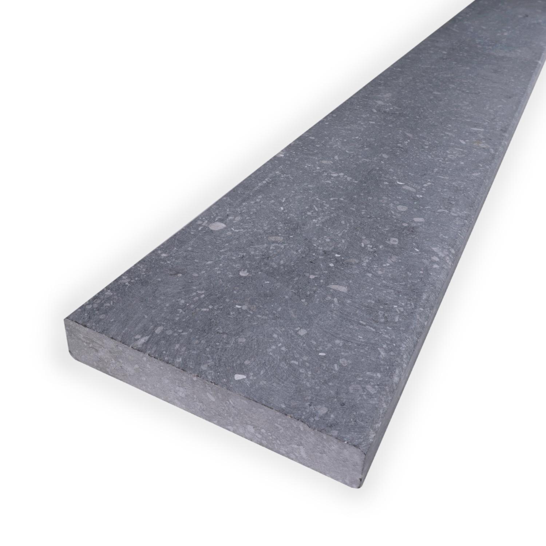 Dorpel Belgisch hardsteen gezoet 2 cm dik - OP MAAT- 2-25 cm breed - 10-230 cm lang - binnen (deur)dorpel - Licht / blauw gezoet arduin