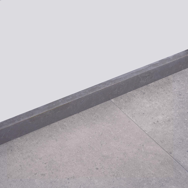 Plint kwartscomposiet graphite marmer look - 2 cm dik - OP MAAT-  5-25 cm breed - 50-120 cm lang - Muurplint gepolijst quatz composiet grafietgrijze marmer imitatie