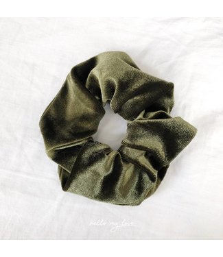 Cara Velvet Scrunchie / Green