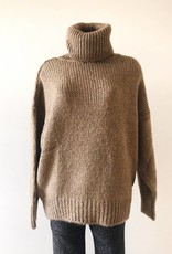 Julia Oversized Knit Sweater/ Brown