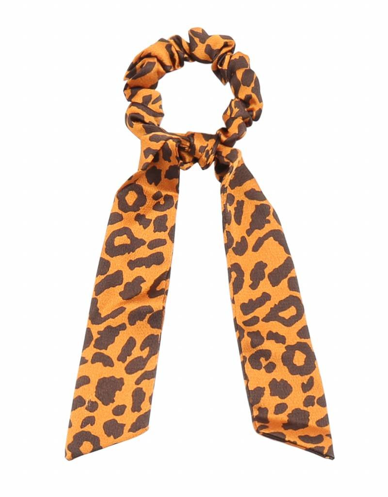 Zoey Leopard Scrunchie / Orange