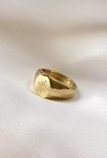 Gold Simple Star Signet Ring