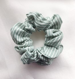 Cara Stripe Scrunchie / Mint Green