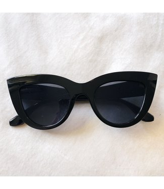 Gina Cateye Sunglasses / Black