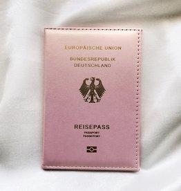 Glowy Pink Passport Cover / German