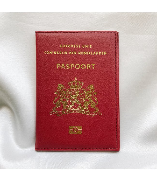Red Passport Cover / Dutch