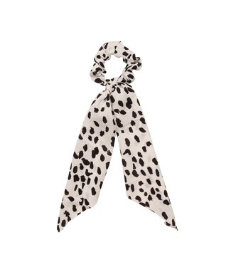 Zoey Cheetah Scrunchie / White
