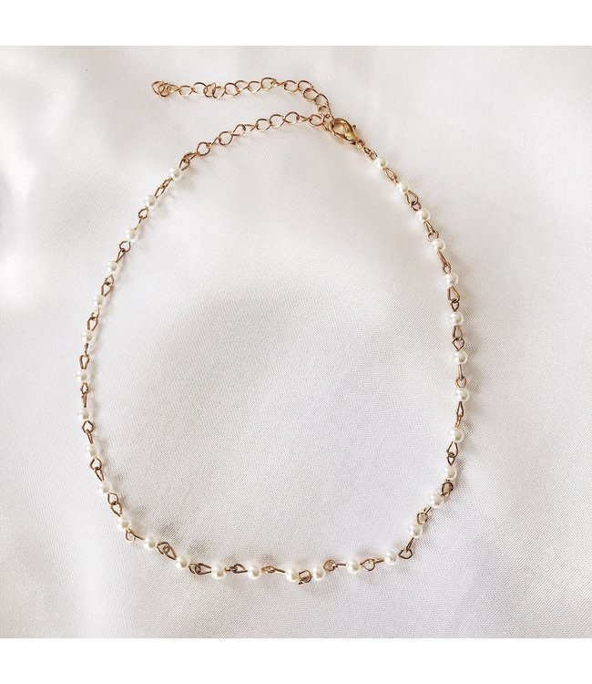 Pearl Beads Choker Necklace