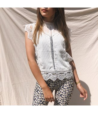 Vanessa Lace Top / White