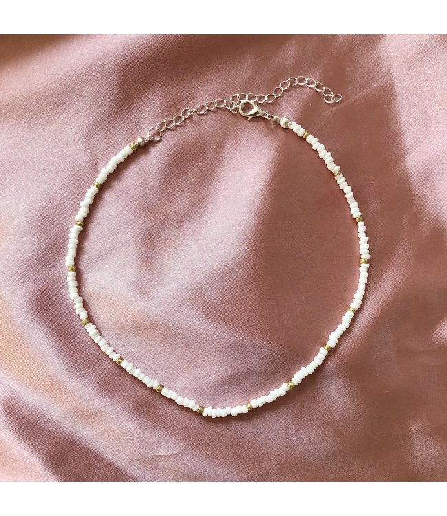 Beads Choker Necklace / White & Gold