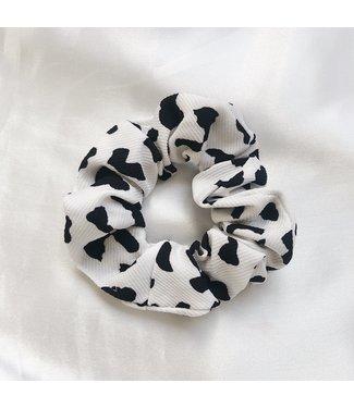 Katie Leopard Scrunchie / White