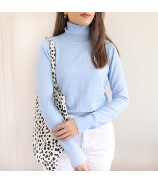 Tamara Turtleneck Knit / Blue