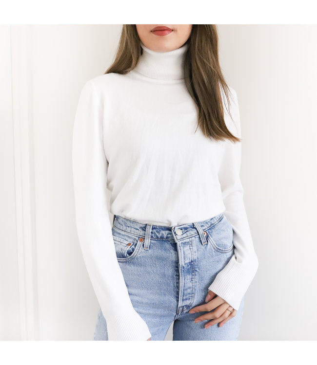 Tamara Turtleneck Knit / White