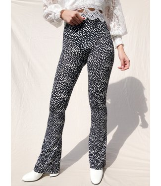 Alexis Cheetah Flared Leggings / Black & White