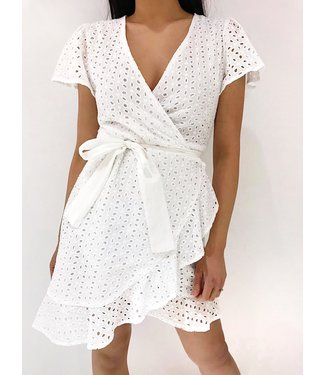 Cherie Embroidered Dress / White