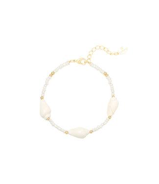 Faye Shell Beads Bracelet