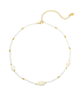Faye Shell Beads Necklace