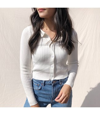 Kaisa Ribbed Buttoned Cardigan / White