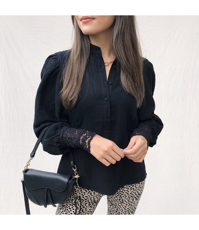 Rima Puff Sleeve Blouse / Black