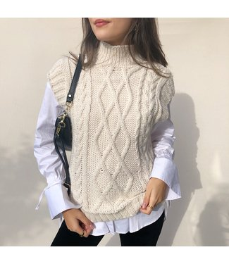 Joani Knitted Spencer / Beige