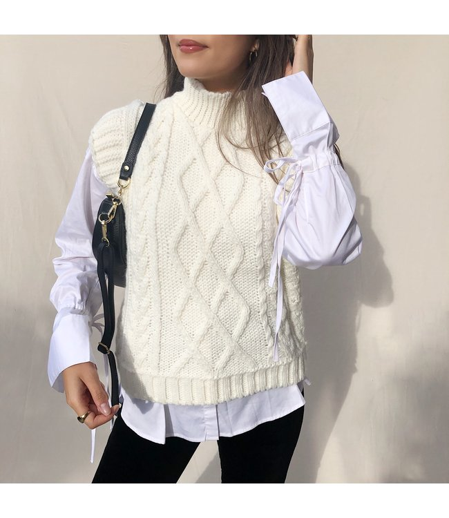 Joani Knitted Spencer / Off White