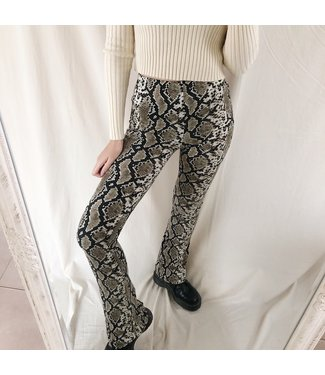 Ziva Snake Flared Leggings / Taupe