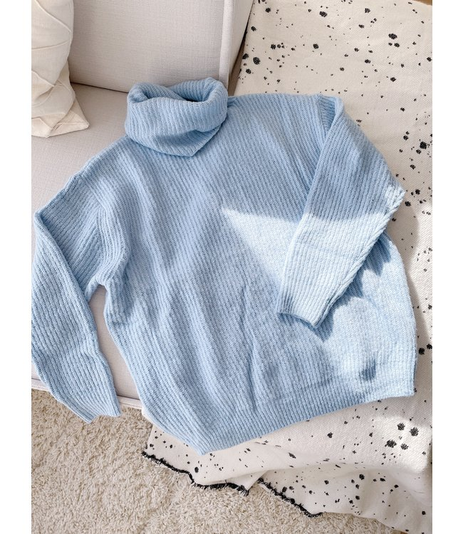 Reesa Oversized Knit Sweater / Blue