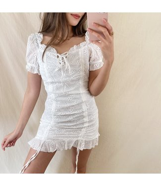 Valentina Embroidered Dress / White