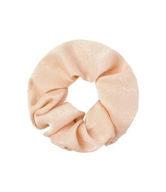 Cara Soft Scrunchie / Peach Beige