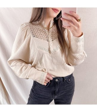 Ellie Puff Sleeve Blouse / Beige