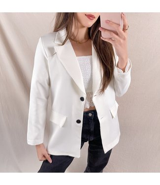 Jaya Loose Fit Blazer / White