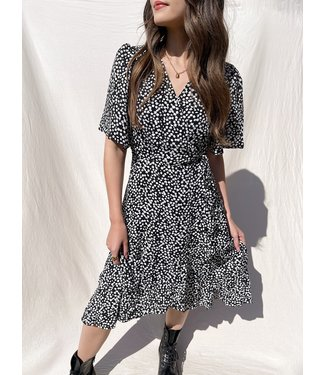 Perla Flower Wrap Midi Dress / Black