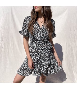 Rhyna Flower Wrap Dress / Black