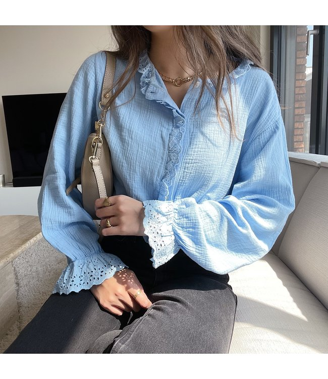 Sienna Embroidered Blouse / Blue