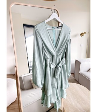 Valeska Silky Dress / Sage Green