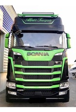 Scania Zonneklep Scania NG / Kunststof 34 cm met 2 toplamp gaten