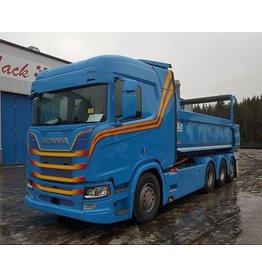 Scania Zonneklep Scania NG / Truckstyle met 2 toplamp gaten