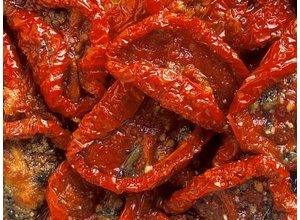 Zongedroogde tomaatjes
