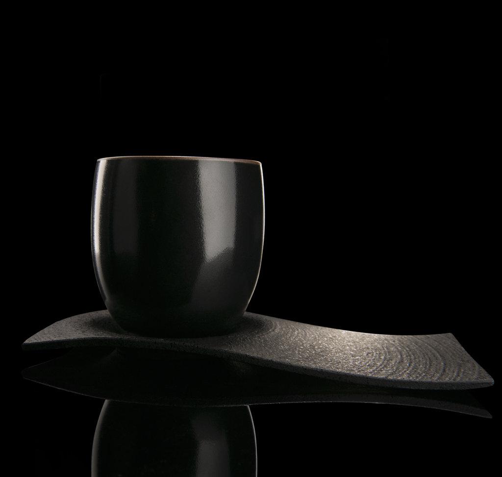 Chushin Kobo set - Porcelain and cast iron