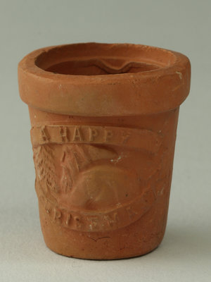 Amsterdam Pipe Museum Giftcup made of pipe caly