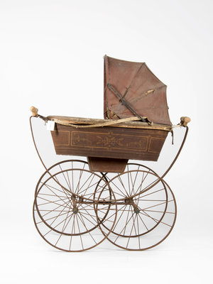 Kinderwagenmuseum English stroller 1880
