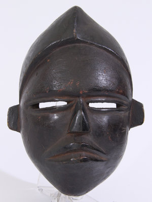 Amsterdam Pipe Museum Dance mask with hat