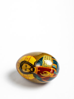 Bijbels Museum Egg with image of Christ