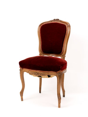 Verhalenwerf Antique mahogany chair