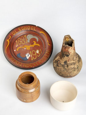Verhalenwerf Collection of pottery