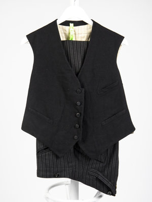 Verhalenwerf Trousers and gilet