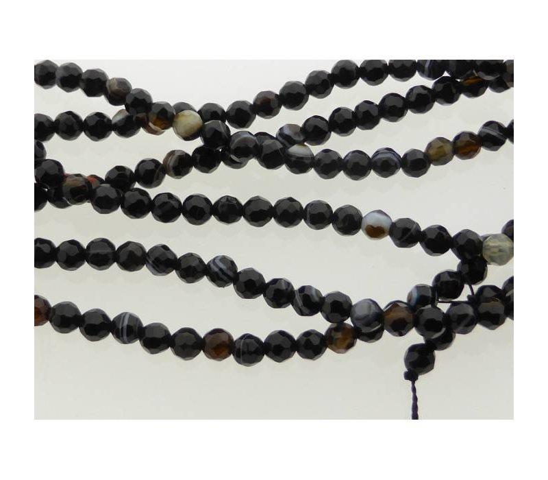 Natuursteen rond zwart/bruin 4,4 mm